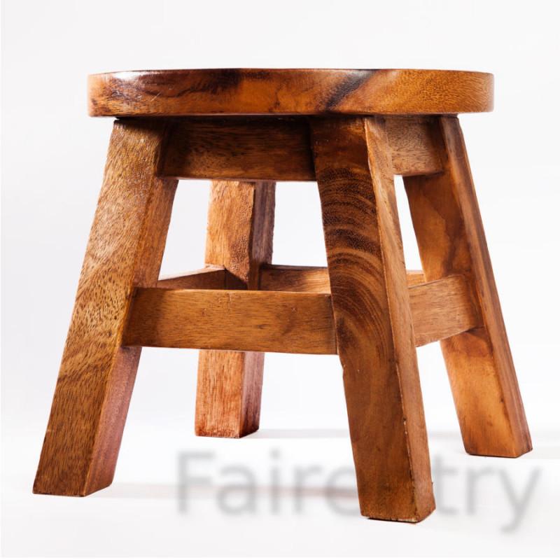Kinderhocker, Schemel, Kinderstuhl massiv aus Holz mit Tiermotiv Krebs, 25 cm Sitzhöhe für unsere Kindersitzgruppe